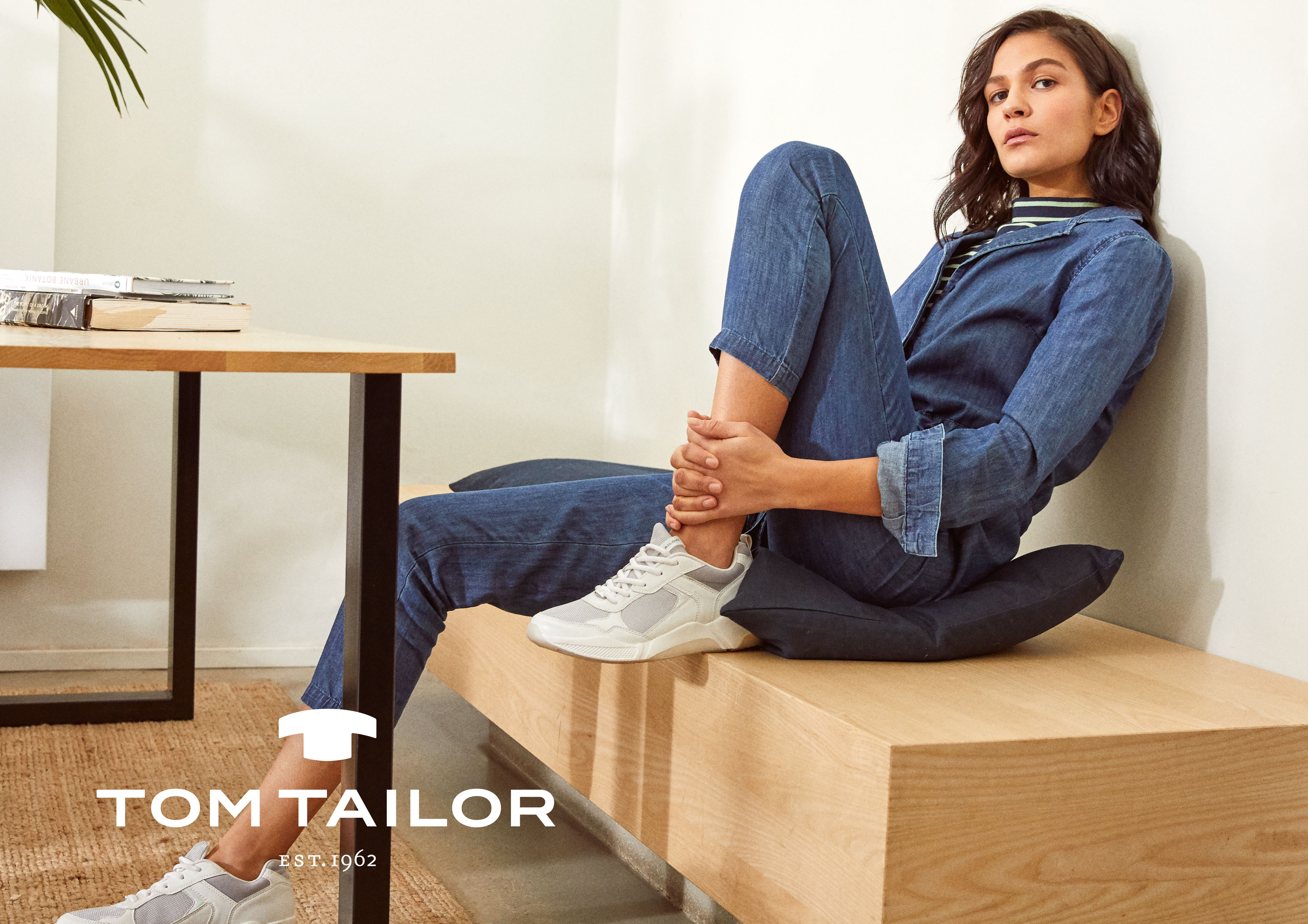TOM-TAILOR_spring_summer_2020_original_FI_TT_A3_quer_mLogo_TT_WOMEN_002_KEYLOOK_04_1851_F39